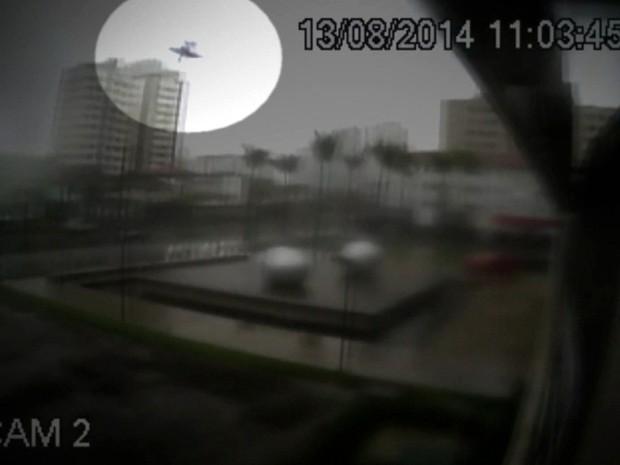 Áudios registram últimos diálogos em avião que caiu e matou Eduardo Campos - GNews (Foto: Reprodução/GloboNews)