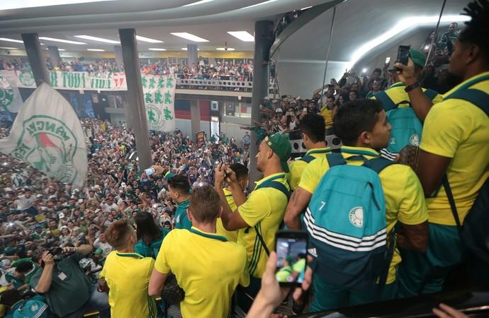 Embarque Palmeiras Congonhas (Foto: Alex Silva/Estadão Conteúdo)