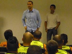 Bruno Quadros é o novo técnico do Duque de Caxias (Foto: Vitor Costa/Duque de Caxias FC)