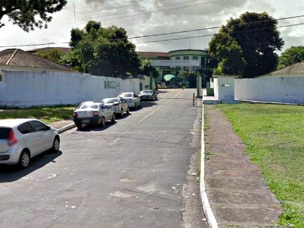 Hospital militar onde tenente está internado em Manaus (Foto: Reprodução / Google Street View)