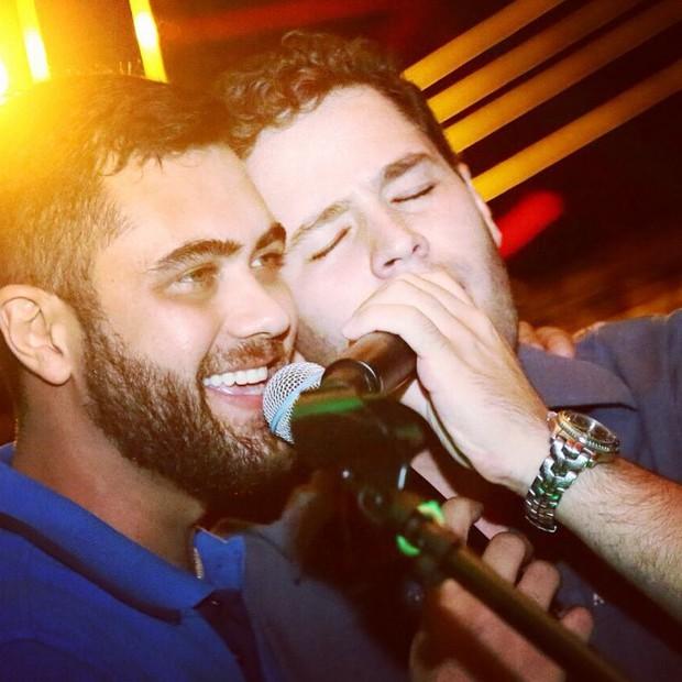 Thiago Costa com o primo, Pedro Leonardo (Foto: Reprodução/Instagram)
