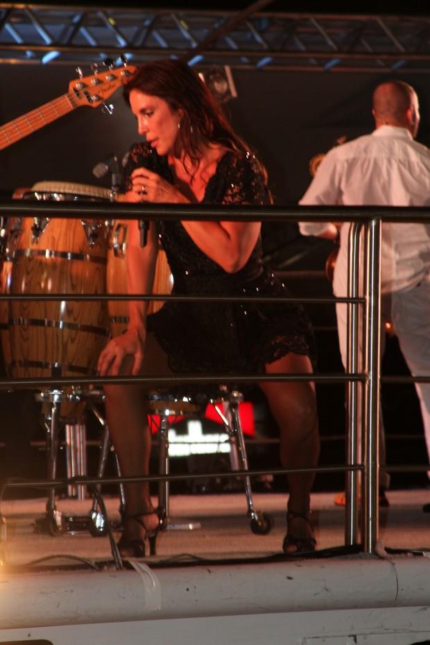 Ivete Sangalo canta em Florianópolis (Foto: Magrão/Divulgação)