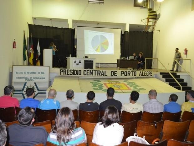 Projeto 'Metendo a Colher' é realizado desde 2014 no Presídio Central (Foto: Divulgação/Susepe)