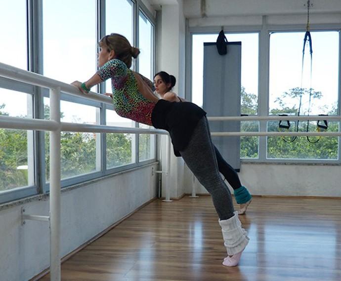 Dany Bananinha se arrisca em ballet fitness (Foto: Gshow)