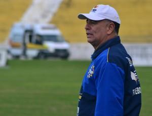 Técnico Márcio Oliveira, do time feminino do São José (Foto: Juliana Azevedo/São José E.C)