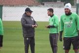 Sem Vinícius, Coritiba relaciona 22 jogadores para encarar o Grêmio