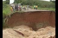 PRF isola trecho de cratera na BR-222, no sudeste do Pará