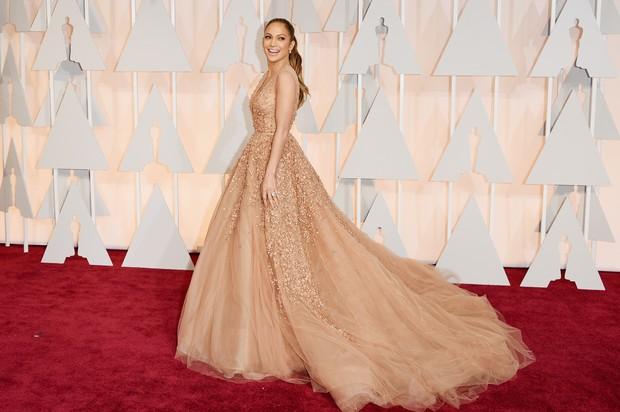 Jennifer Lopez no Oscar 2015 (Foto: AFP)