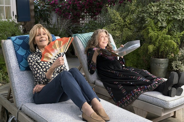 Jane Fonda e Lily Tomlin em 'Grace and Frankie' (Foto: Reprodução)