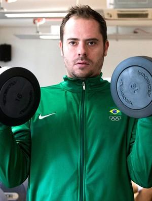 Ricardinho no treino da seleção de vôlei na academia (Foto: Ivo Gonzalez / Agencia O Globo)
