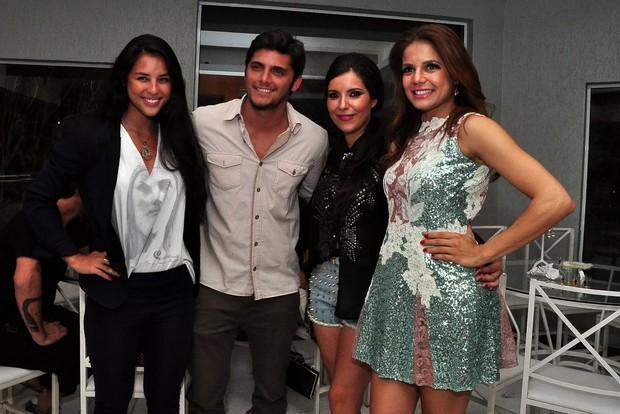 Yanne Lavigne, Bruno Gissoni, Lua Veiga e Nivea Stelmann (Foto: Roberto Teixeira/EGO)