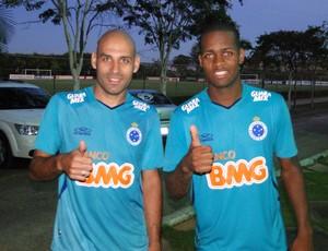 Bruno Rodrigo Dedé treino Cruzeiro (Foto: Maurício Paulucci)