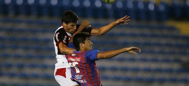 Tiradentes x Guarany de Sobral pelo Campeonato Cearense de 2012 (Foto: Kid Júnior/Agência Diário)