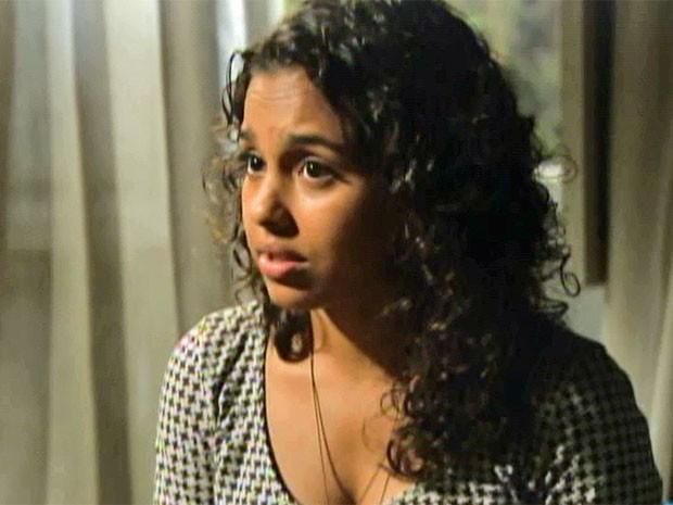Julia explica as verdadeiras intenções de Edgar (Foto: TV Globo / Malhação)