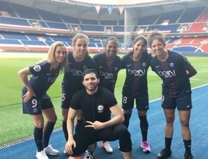 Jogadoras do PSG em gravação no Parc des Princes
