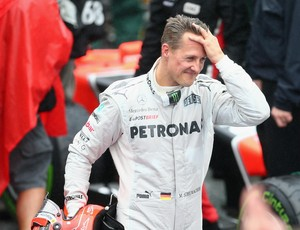 Porta-voz de Michael Schumacher nega interrupção do processo de despertar do ex-piloto (Foto: Getty Images)