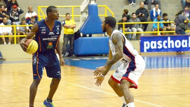 Gui Deodato, do Bauru Basquete, contra Franca, pelo Paulista de Baasquete (Foto: Caio Casagrande / Bauru Basket)