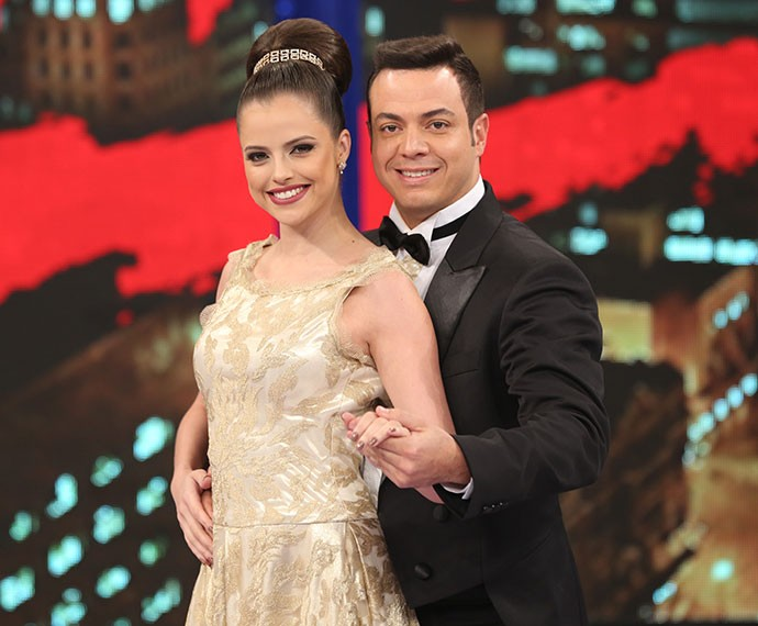 Agatha Moreira e Leandro Azevedo arrasaram na noite de valsa do 'Dança' (Foto: Carol Caminha/Gshow)