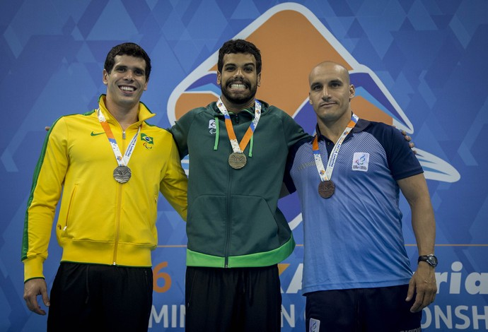 Andre Brasil Phelipe Andrews evento-teste natação paralímpica (Foto: Daniel Zappe/MPIX/CPB)