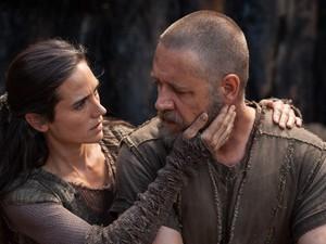 """Russell Crowe e Jenniffer Connelly em cena de """"Noé"""" (Foto: Divulgação)"""