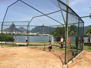 Lagoa Rodrigo de Freitas, na Zona Sul do Rio, tem campo de golfe público (Foto: RJ Cariocas Beisebol & Softbol Clube/Arquivo pessoal)