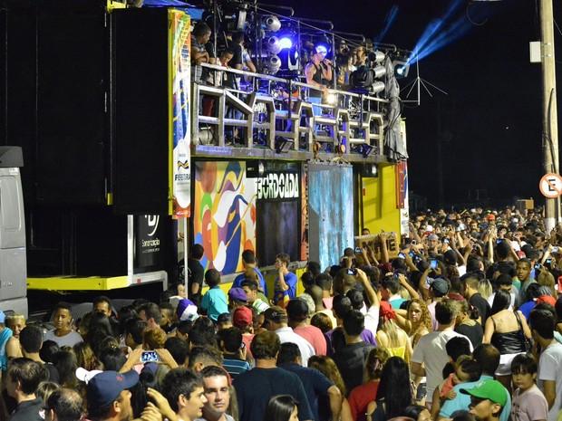 Gusttavo Lima foi atração da festa nesta sexta-feira (Foto: Divulgação / Site Oficial)