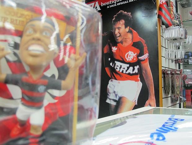 Ronaldinho boneco loja Flamengo (Foto: Janir Junior / Globoesporte.com)