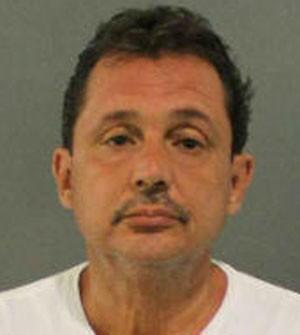 Jose Manuel Vazquez foi preso por ligar para polícia, pois queria carona (Foto: Divulgação/Charlotte County Sheriff's Office)