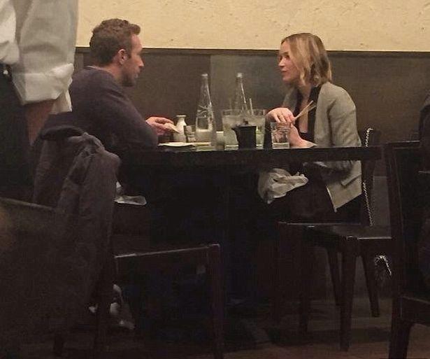 Jennifer Lawrence e Chris Martin (Foto: Tumblr)