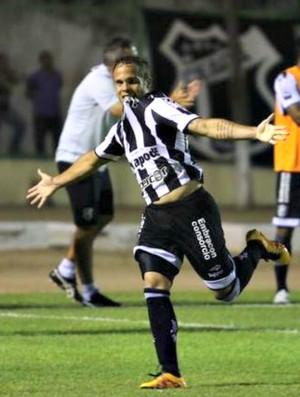 Douglas Baggio, comemoração, Maranguape, Ceará, Cearense, Domingão (Foto: Christian Alekson/Cearasc.com)