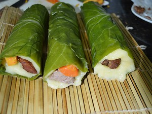 Para enrolar os sushis, Maurílio usou uma rede de palha típica da culinária japonesa (Foto: Michel Montefeltro/ G1)