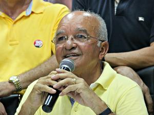 José Melo foi reeleito com 55,5% dos votos válidos (Foto: Camila Henriques/G1 AM)