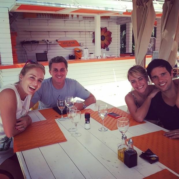 Angélica, Luciano Huck, Juliana Silveira e João Vergara (Foto: Instagram/ Reprodução)