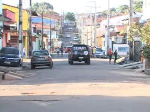 Equipes amanheceram na região do bairro de Fátima, em São Luís (MA) (Foto: Reprodução/TV Mirante)