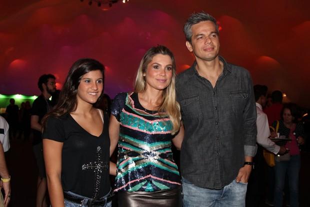 Giulia Costa, Flávia Alessandra e Otaviano Costa (Foto: Claudio Andrade / Foto Rio News)