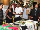 'Família é grande e conservadora', diz prima de Emílio Santiago em velório