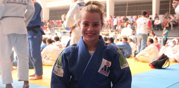 Nathália Mercadante em Teresina (Foto: Josiel Martins )