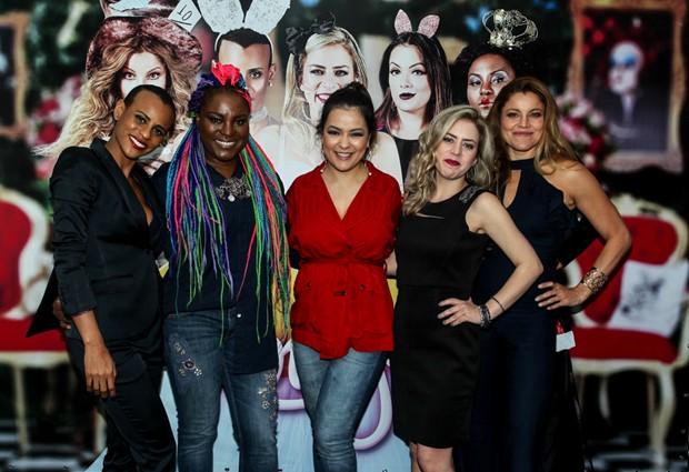 Rouge durante coletiva de imprensa do Chá da Alice, no Rio de Janeiro (Foto: Marcello Sá Barretto/AgNews)