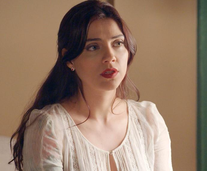 Anita fica chocada com o que ouve da amiga (Foto: TV Globo)