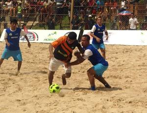 Datinha, defende Totóia, na final do Maranhense de beach soccer contra Humberto de Campos (Foto: Divulgação/Paulo de Tarso Jr.)