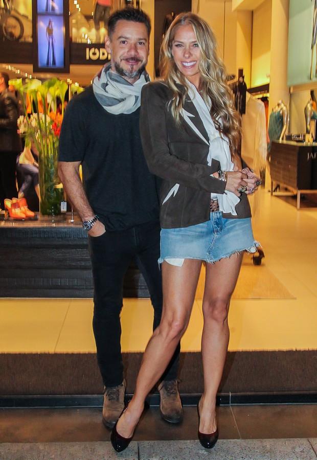 Alexandre Iódice e Adriane Galisteu (Foto: Manuela Scarpa/Brazil News)
