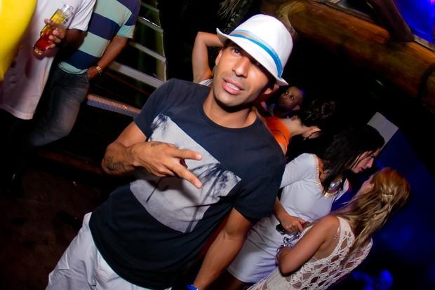 Jogador Emerson Sheik em festa de réveillon em Angra dos Reis, no Rio de Janeiro (Foto: Wanderson Monteiro/ Divulgação)