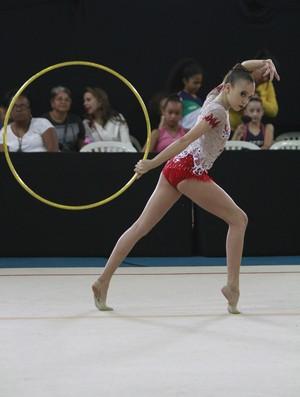Lara Fragoso, ginástica ritmica, cearense (Foto: Divulgação)