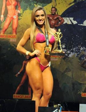 Mari Reis conquista bicampeonato estadual de body building (Foto: Arquivo Pessoal)
