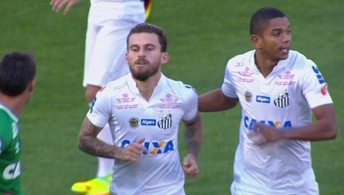 O gol de Chapecoense 0 x 1 Santos pela 32ª rodada do Campeonato Brasileiro