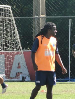 Volante Tinga, do Cruzeiro (Foto: Valeska Silva / Globoesporte.com)