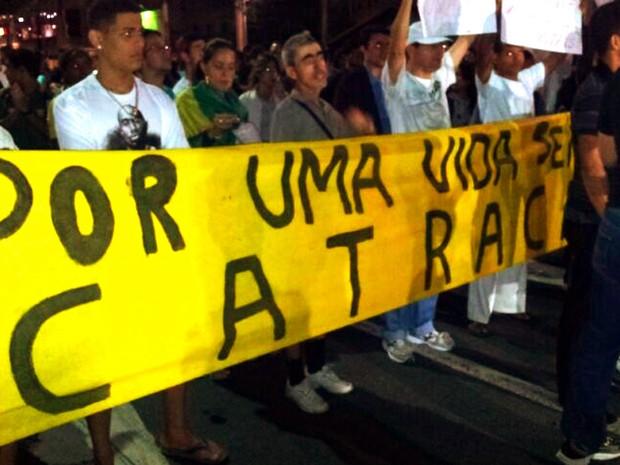 Manifestantes são contra pedágio; (Foto: Leandro Nossa / G1 ES)