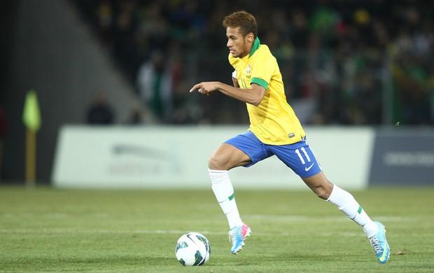 Neymar em ação (Foto: Mowa Press)