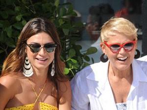 Thaila e Xuxa (Foto: TV Xuxa/Blad Meneghel)