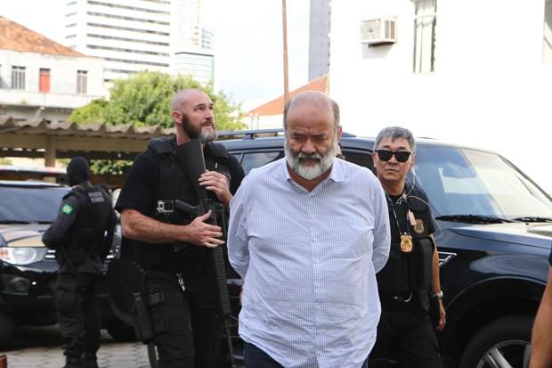 João Vaccari Neto, tesoureiro do PT, foi preso nesta quarta-feira em SP e transferido para Curitiba (Foto: Geraldo Bubniak/AGB/Agência O Globo)